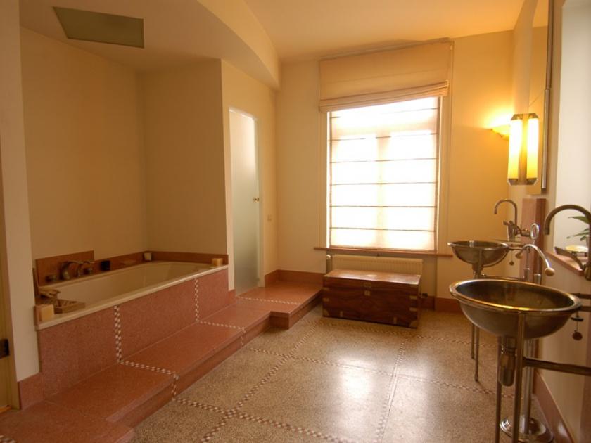 8 Bedrooms, Maison, à vendre, adresse sur demande, 3 Bathrooms, Listing ID undefined, 1050 Bruxelles, Belgique,